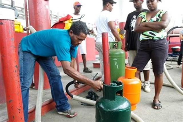 Disponen Rebajas En El Gas Licuado De Petr Leo Pero