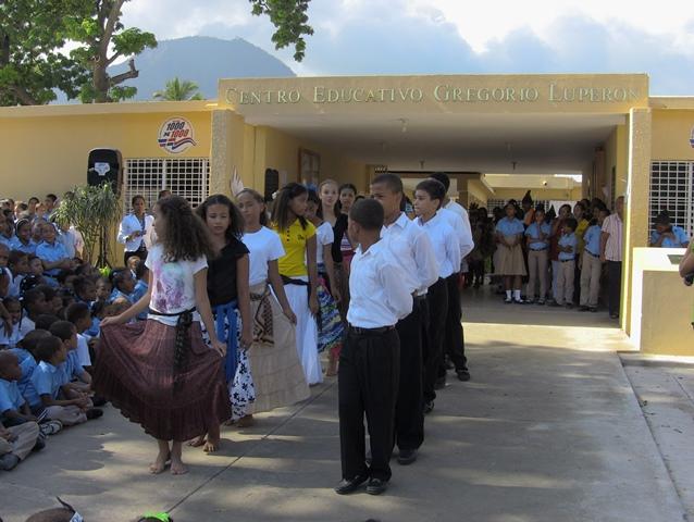 Estudiantes escuelas públicas y colegios privados de PP celebran ...